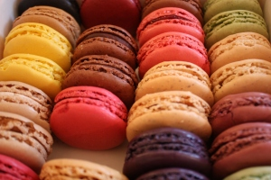 Macaron photo by Sunny Ripert, through Wikimedia Commons