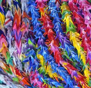 paper cranes, Hiroshima, Japan, courtesy of Wikimedia Commons